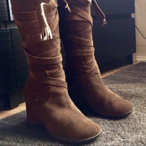 Matisse Brown Suede Boots